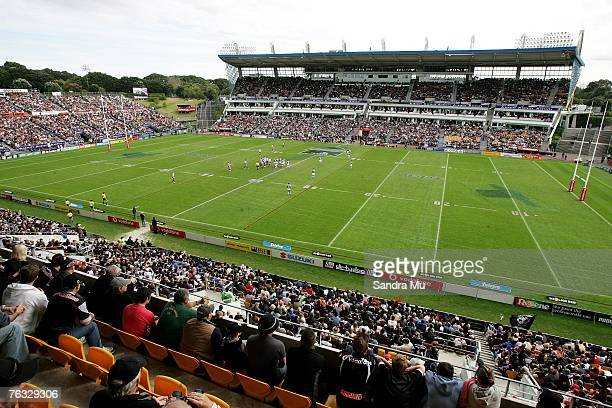 Capacity crowd of approximately 27,000 watch the round 24 NRL match between the Warriors and the Manly Sea Eagles at Mt Smart Stadium on August 26,...
