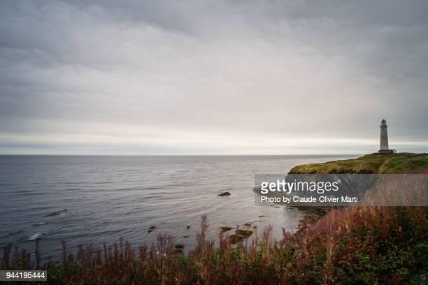 cap-des-rosiers lighthouse, gaspésie, canada - cap des rosiers stock pictures, royalty-free photos & images