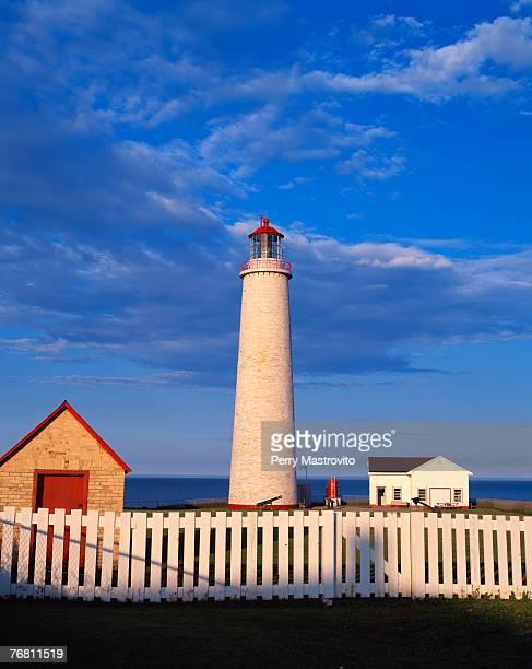 cap-des-rosiers lighthouse - cap des rosiers stock pictures, royalty-free photos & images