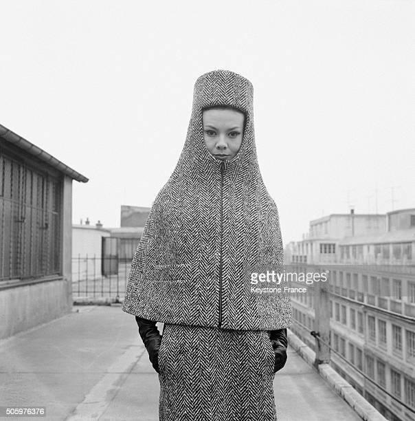 Cape Cagoule Nefertiti Of Fashion Company Basta At the New Collection Outdoor Défilé At the Cité Paradis, in Paris, France, on April 26, 1963.