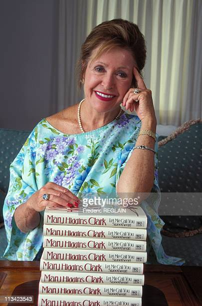 Cape Cod Mary Higgins Clark At It On July 1995