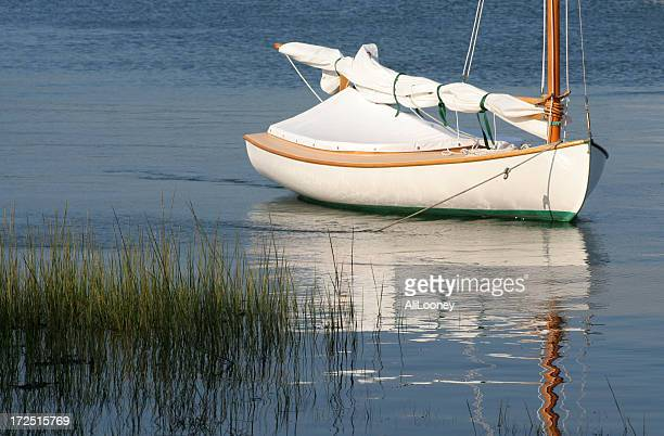 cape cod sailing - marthas vineyard stock pictures, royalty-free photos & images