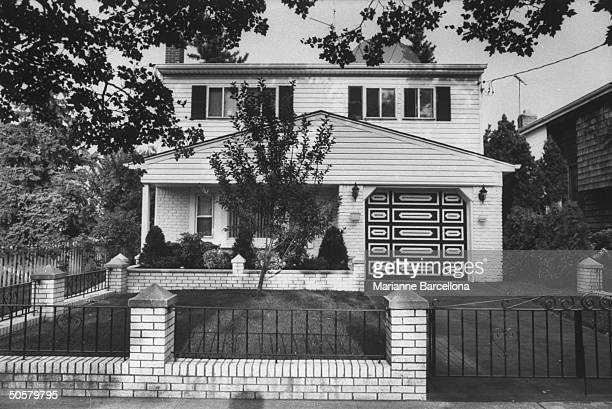 Cape Codstyle house belonging to Gambino family godfather John Gotti
