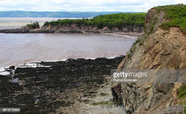 cape enrage, new brunswick, canada - escarpment stock pictures, royalty-free photos & images