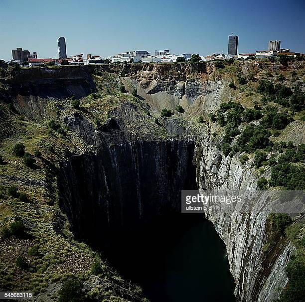 Cape Province / Kimberley: `The BigHole', die historische De Beer'sDiamanten-Mine- 1993