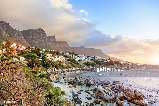 cape town camps bay sunet south africa - table mountain stock pictures, royalty-free photos & images