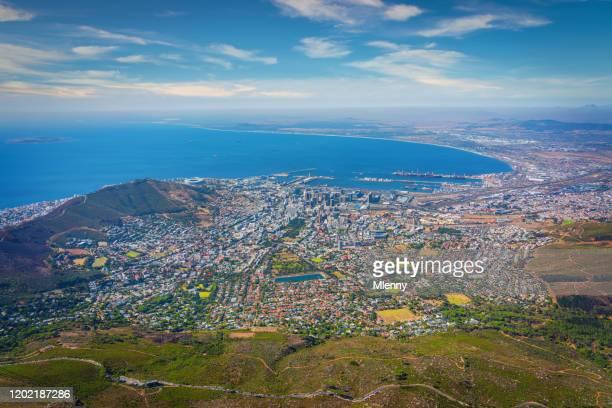 cape town scenic view afrique du sud - etalement urbain photos et images de collection