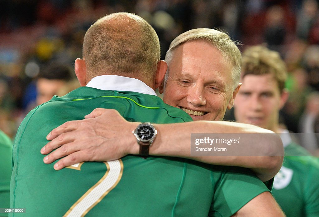South Africa v Ireland - Castle Lager Incoming Series 1st Test : News Photo