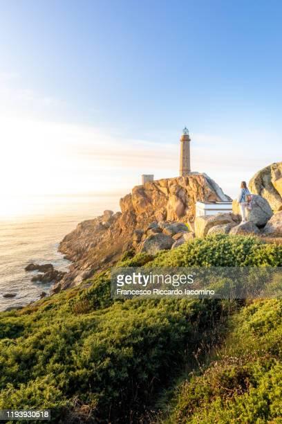 cape vilan lighthouse (faro de cabo vilano) in galicia, northern spain - francesco riccardo iacomino spain foto e immagini stock