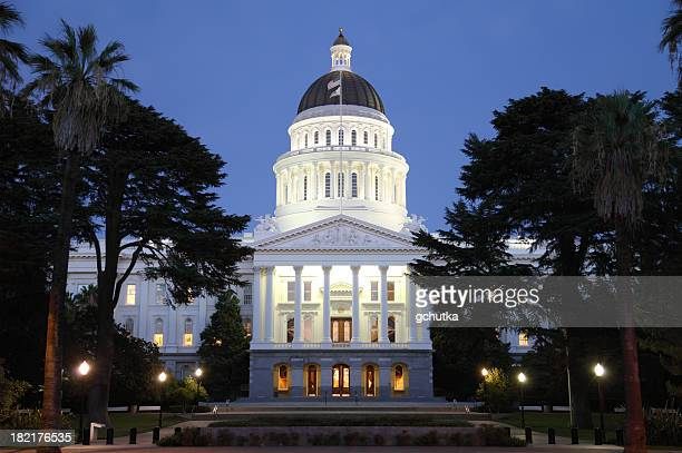capital building at night - sacramento stock pictures, royalty-free photos & images