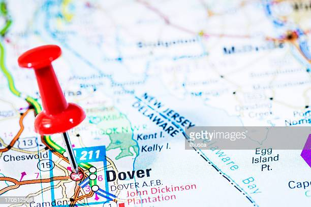 us capital cities on map series: dover, delaware, de - delaware us state stock pictures, royalty-free photos & images