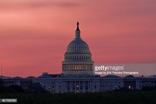 u.s. capitol at dawn - capitol hill stock pictures, royalty-free photos & images