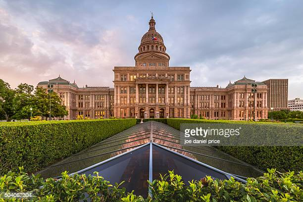 capitol building, austin, texas, america - dallas texas stock pictures, royalty-free photos & images