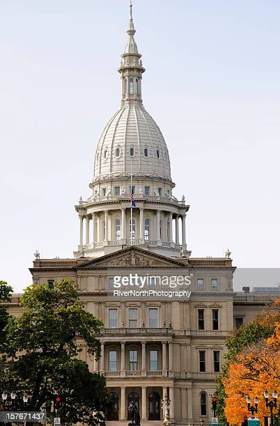 capitol building in lansing - lansing stock pictures, royalty-free photos & images