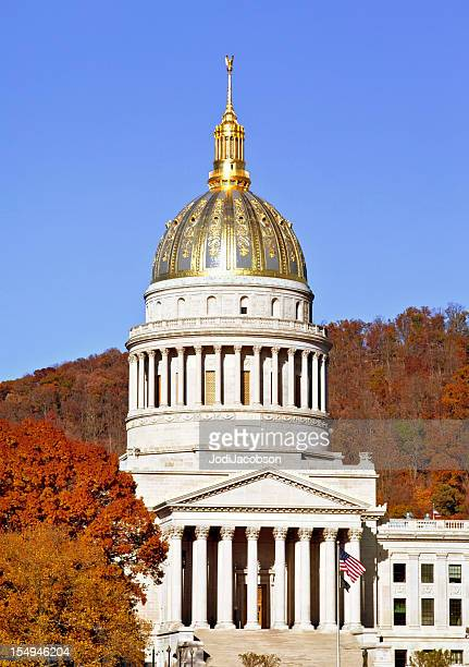 capitol building west virginia - protohistory_of_west_virginia stock pictures, royalty-free photos & images