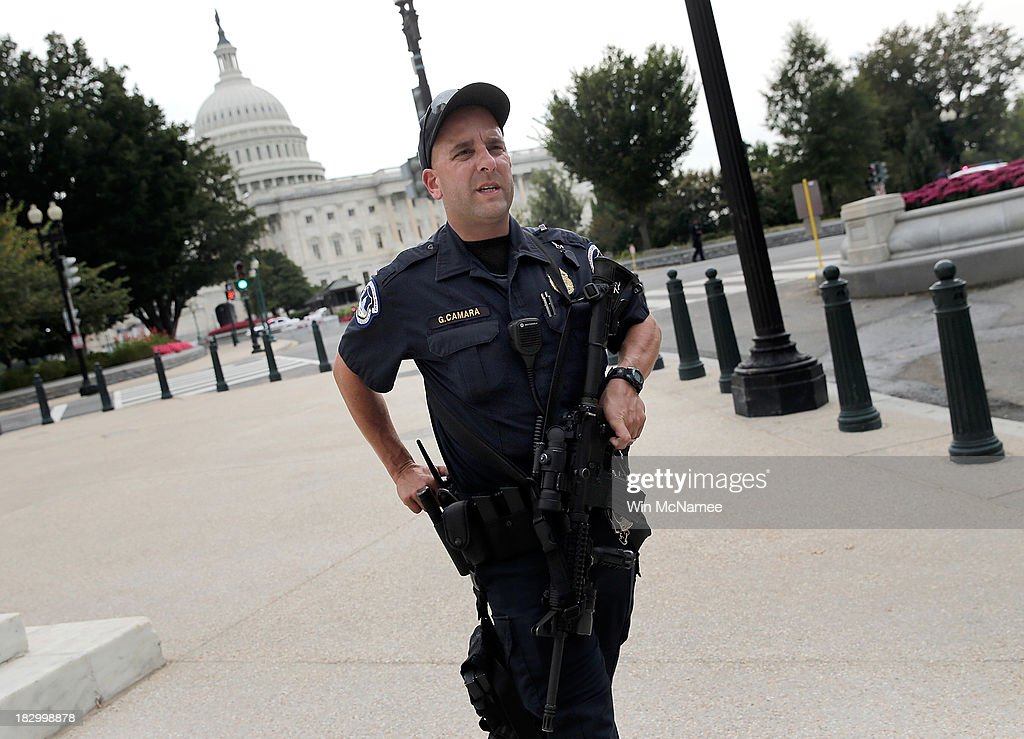 U.S. Capitol police respond to reports of shots fired at the U.S. Capitol. October 3, 2013 in Washington, DC. Capitol police locked down the facility during the incident.