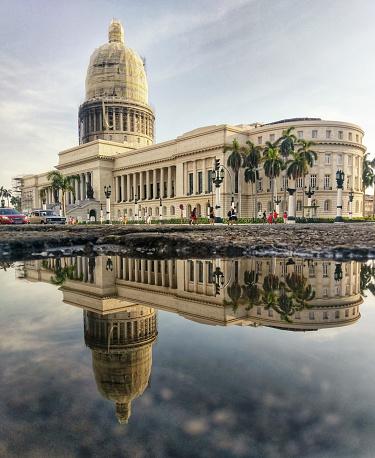capitol reflected into water. Havana. Cuba - gettyimageskorea