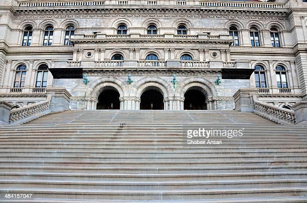 capitols - ニューヨーク州庁舎 ストックフォトと画像