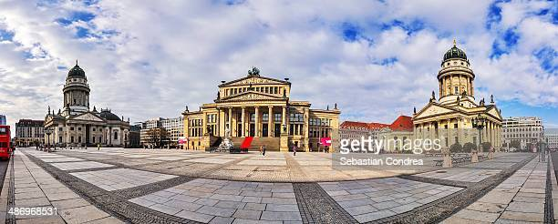 capitols - gendarmenmarkt stock pictures, royalty-free photos & images