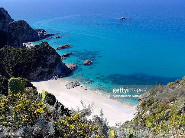 capo vaticano beach - calabria fotografías e imágenes de stock