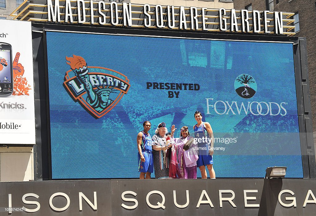 Cappie Poindexter, Joyce Walker, Priscilla Brown and Janel McCarville pose for photos atop the Madison Square Garden marquee to promote new partnership between NY Liberty and Foxwoods at Madison Square Garden on June 2, 2010 in New York City.