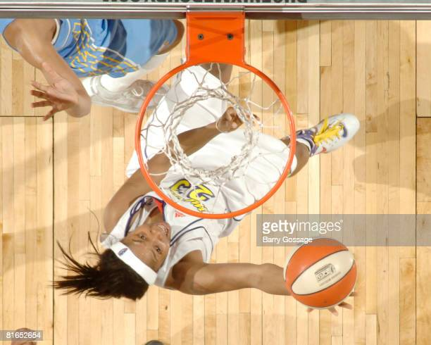Cappie Pondexter of the Phoenix Mercury shoots against the Chicago Sky on June 20 at U.S. Airways Center in Phoenix, Arizona. NOTE TO USER: User...