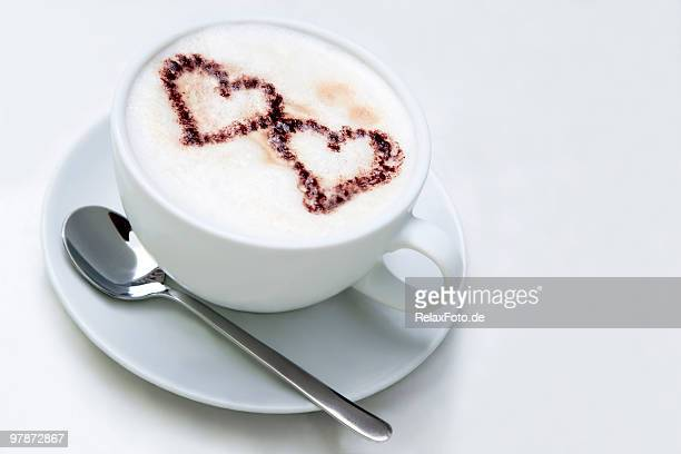 Cappuccino with two hearts of cocoa powder (XL)