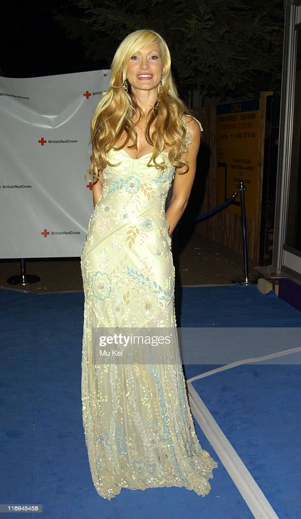 """The British Red Cross London Ball 2005 Presents """"H2O: The Element of Life"""""""