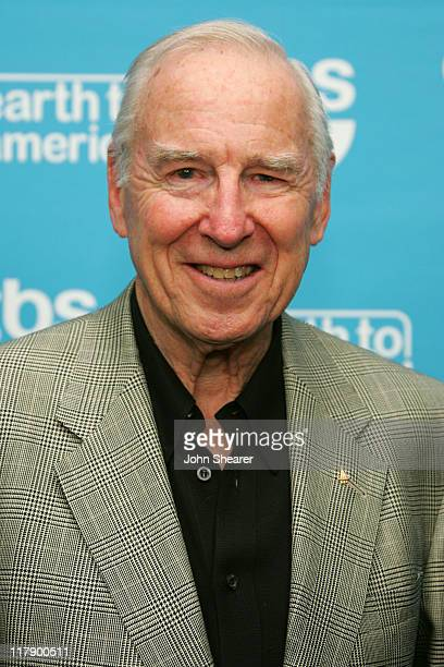 Capt Jim Lovell at Earth to America which airs on TBS Sunday November 20 at 8 pm 10427JS_40012JPG