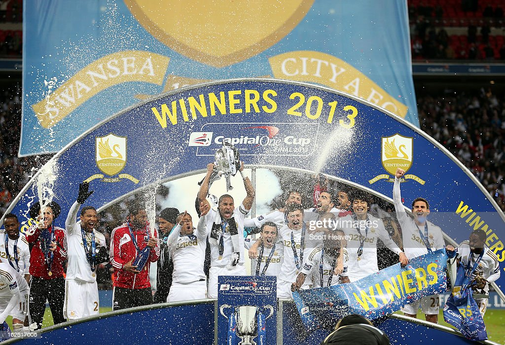 Bradford City v Swansea City - Capital One Cup Final : News Photo
