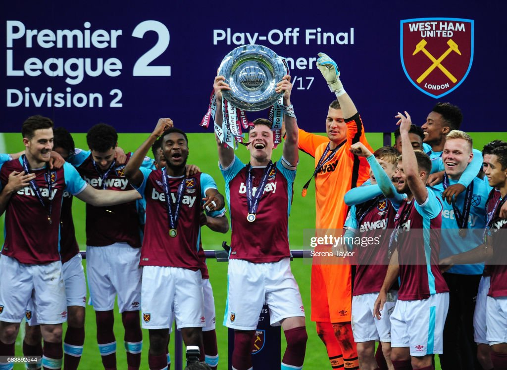 Captain Declan Rice of West Ham (6) holds up the Premier League 2 trophy after West Ham win the Premier League 2 Play-Off Match between Newcastle United and West Ham United at St.James' Park on May 16, 2017 in Newcastle upon Tyne, England.