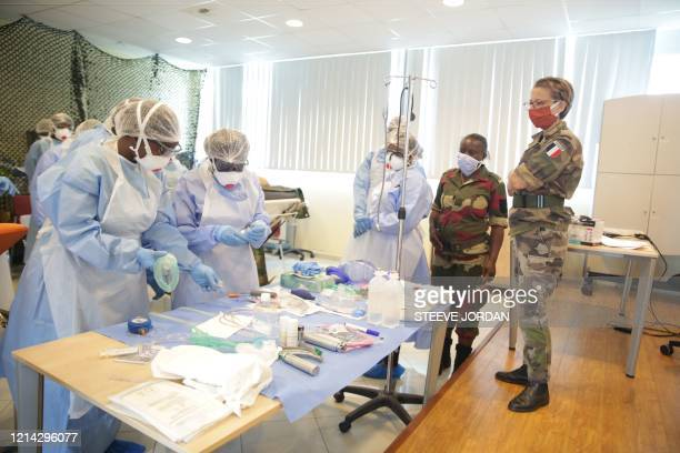 Captain Dominique Puidupin , medical officer MD of the French Armed Forces Health Service, trains doctors and nurses in resuscitation techniques for...