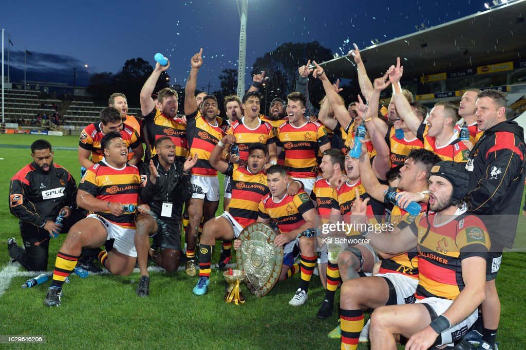 Captain Dwayne Sweeney of Waikato (C) and his team mates celebrate their win in the round four Mitre 10 Cup Ranfurly Shield match between Taranaki and Waikato at Yarrow Stadium on September 9, 2018 in New Plymouth, New Zealand.