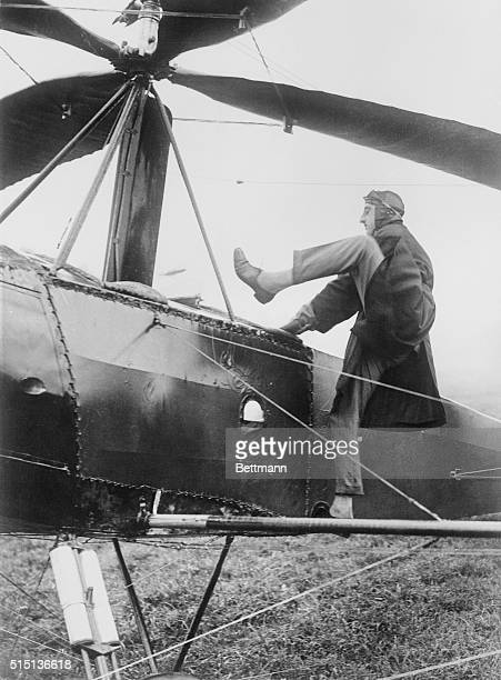 Captain Frank Courtney the test pilot gave an official display this morning in the new autogiro flying machine at the royal aircraft establishment at...