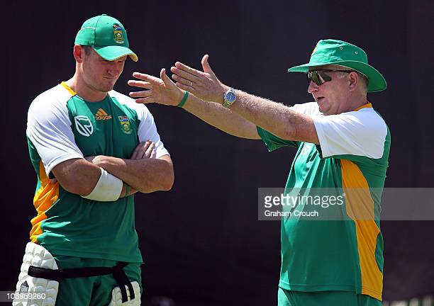 Captain Graeme Smith of South Africa and coach Duncan Fletcher discuss techniques during the first South Africa training session ahead of the World...