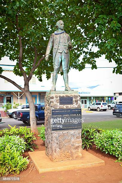 captain james cook statue in kauai, hawaii, usa - james cook celebrity stock photos and pictures