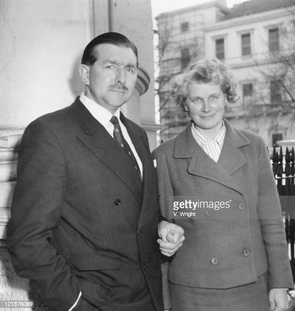 Captain James Thain the pilot of the Munich air crash with his wife during a lunch recess at the inquiry into the accident London 4th April 1960...