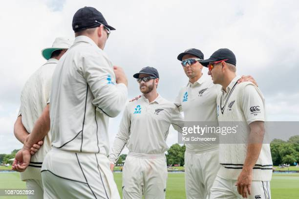 Captain Kane Williamson of New Zealand speaks to his team mates during day two of the Second Test match in the series between New Zealand and Sri...