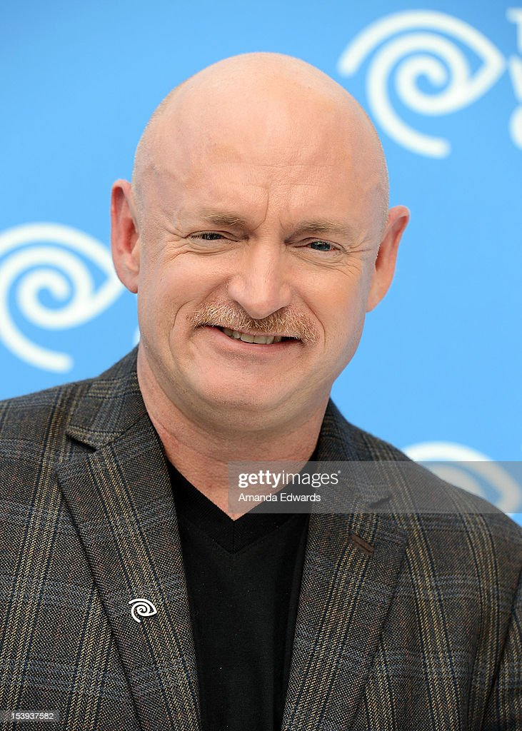 Time Warner Cable Hosts Press Conference With Commander Of The Space Shuttle Endeavour, Captain Mark Kelly