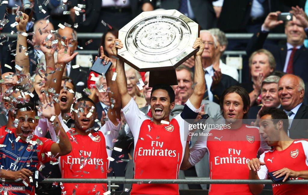 Manchester City v Arsenal - FA Community Shield : News Photo