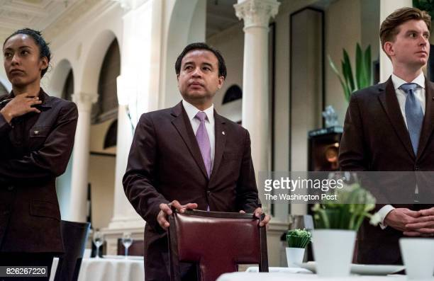 MANHATTAN NY Captain Mynor Garcia during a 'front of house' meeting before dinner service at Restaurant Daniel in Manhattan New York Thursday July 20...