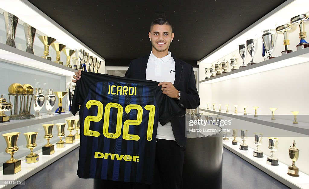 Mauro Icardi Signs a New Contract at FC Internazionale