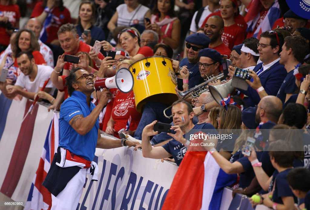 France v Great Britain - Davis Cup World Group Quater-Final: Day Two : News Photo
