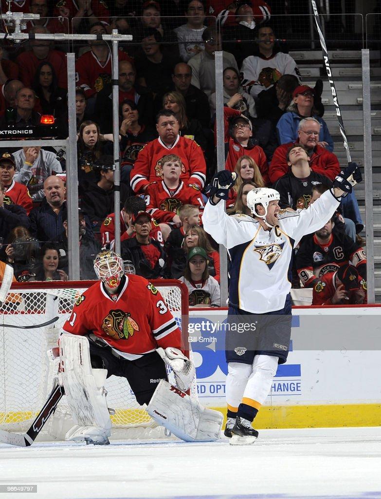 Nashville Predators v Chicago Blackhawks - Game Five : News Photo