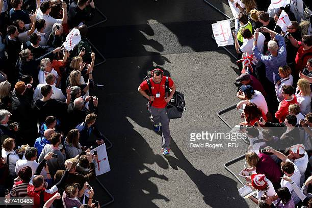 Captain Sam Warburton of Wales arrives prior to the RBS Six Nations match between England and Wales at Twickenham Stadium on March 9 2014 in London...