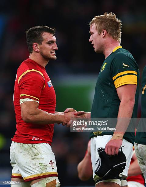 Captain Sam Warburton of Wales shakes hands with Duane Vermeulen of South Africa during the 2015 Rugby World Cup Quarter Final match between South...
