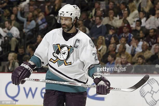 Captain Scott Niedermayer of the Mighty Ducks of Anaheim waits for a face-off against the Colorado Avalanche during game four of the Western...
