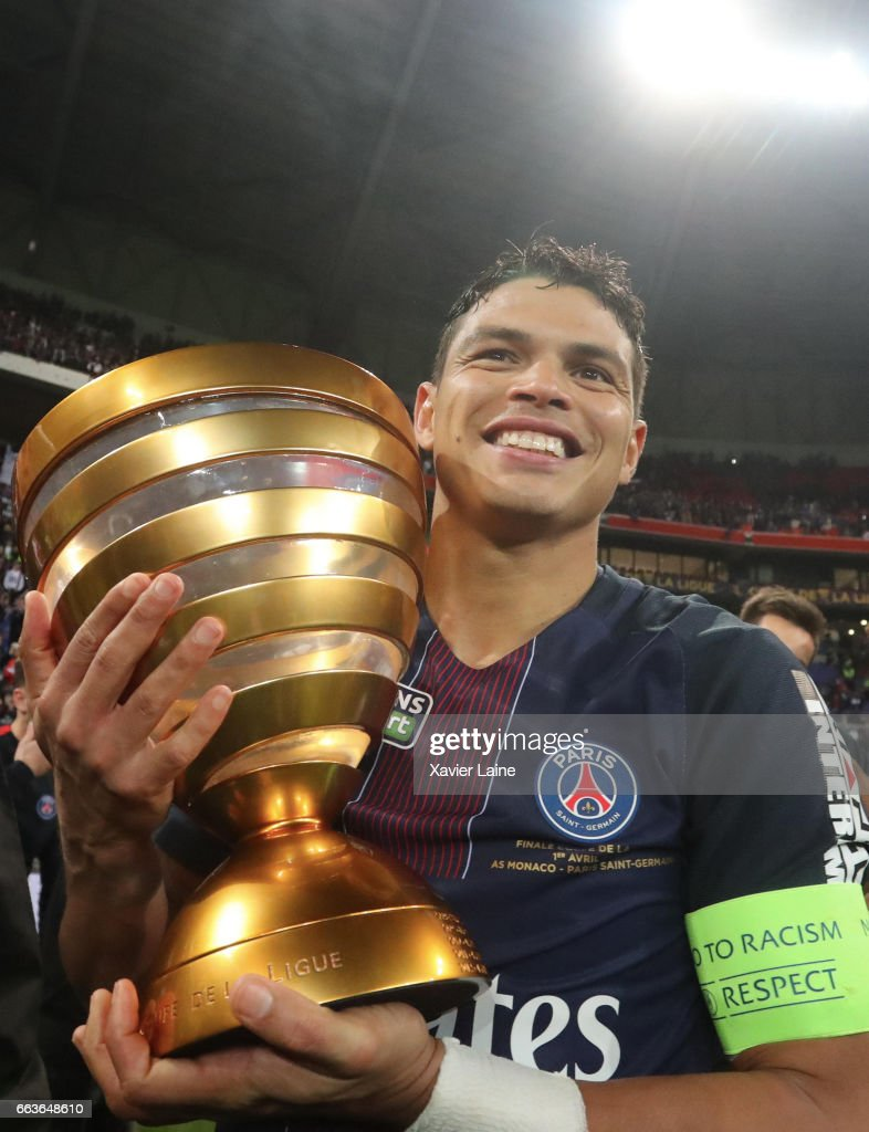 Captain Thiago Silva of Paris Saint-Germain hold the trophy after the French League Cup Final match between Paris Saint-Germain and AS Monaco at Parc Olympique on Japril 01, 2017 in Lyon, France.