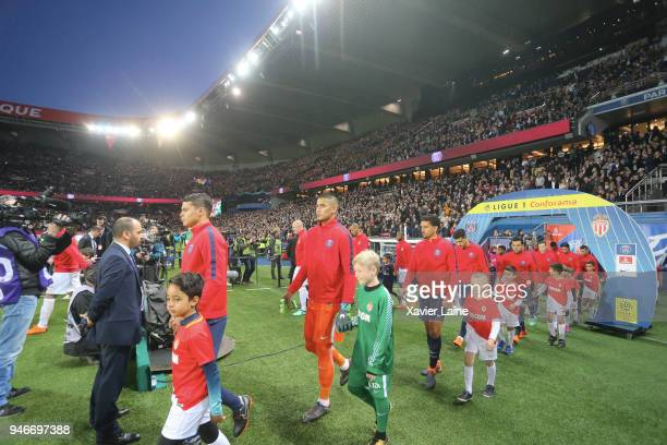 Captain Thiago Silva of Paris SaintGermainand teammattes before the Ligue 1 match between Paris Saint Germain and AS Monaco at Parc des Princes on...