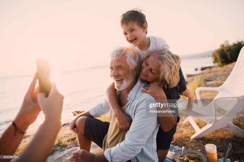 Capturing our picnic moments : Stock Photo